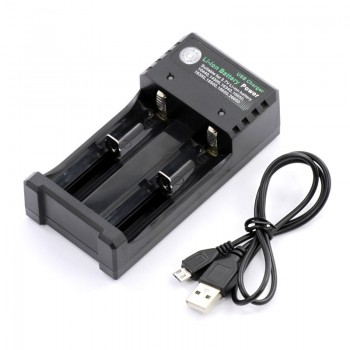 Зарядное устройство для аккамулятора Li - ion 18650 02U